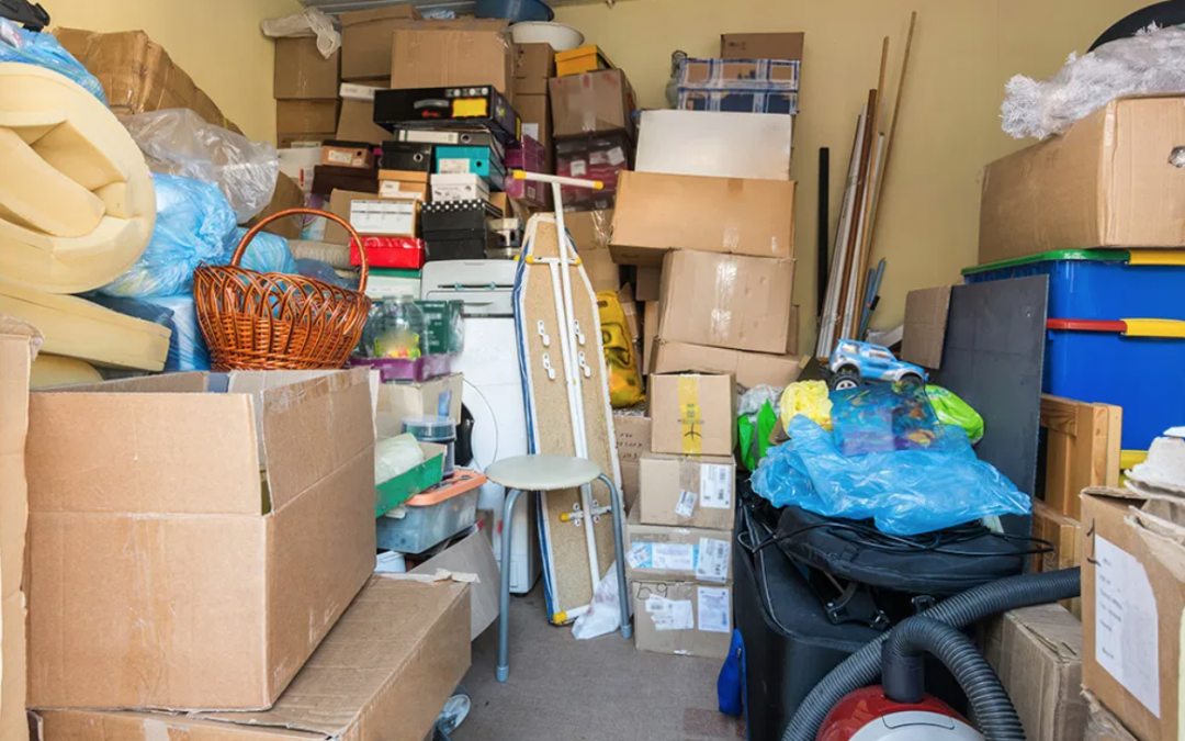 12 Minimalist Tips for Decluttering Your Home